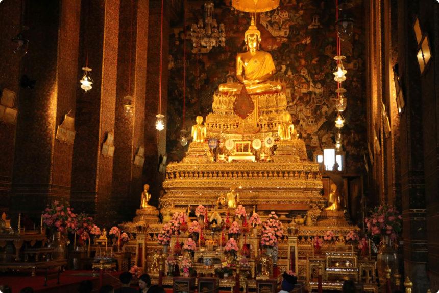 ワットポーの本尊 仏像