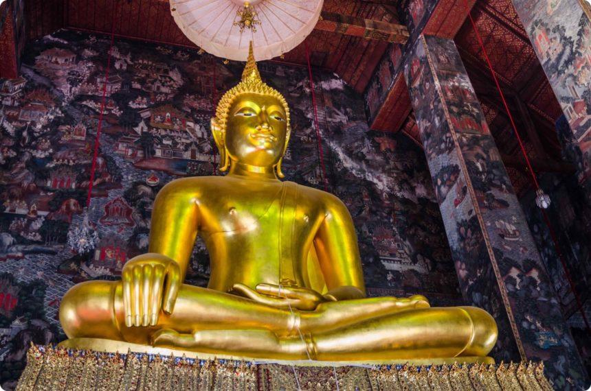 シーサーカヤムニー仏像