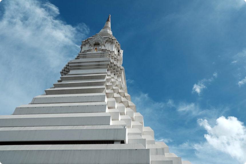 ワットパクナム 仏塔
