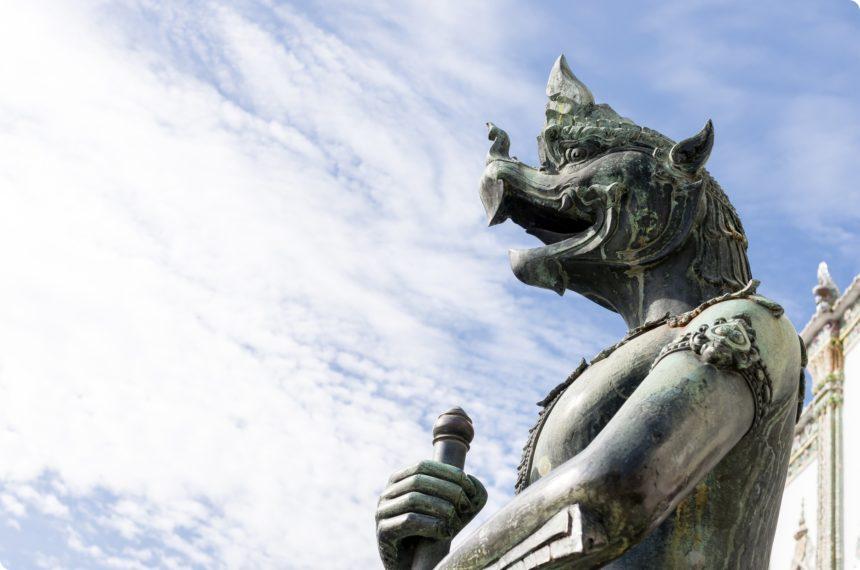 ウィハーンヨート 石像