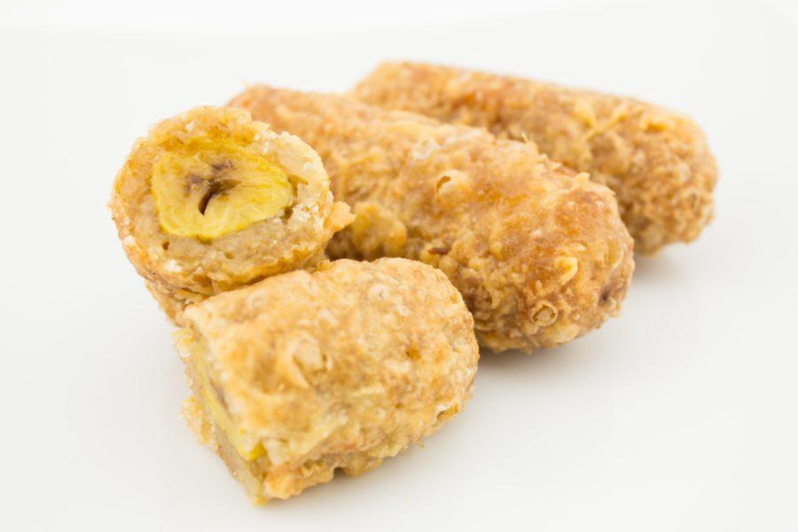 タイのお菓子:カオマオトート(ข้าวเม่าทอด)