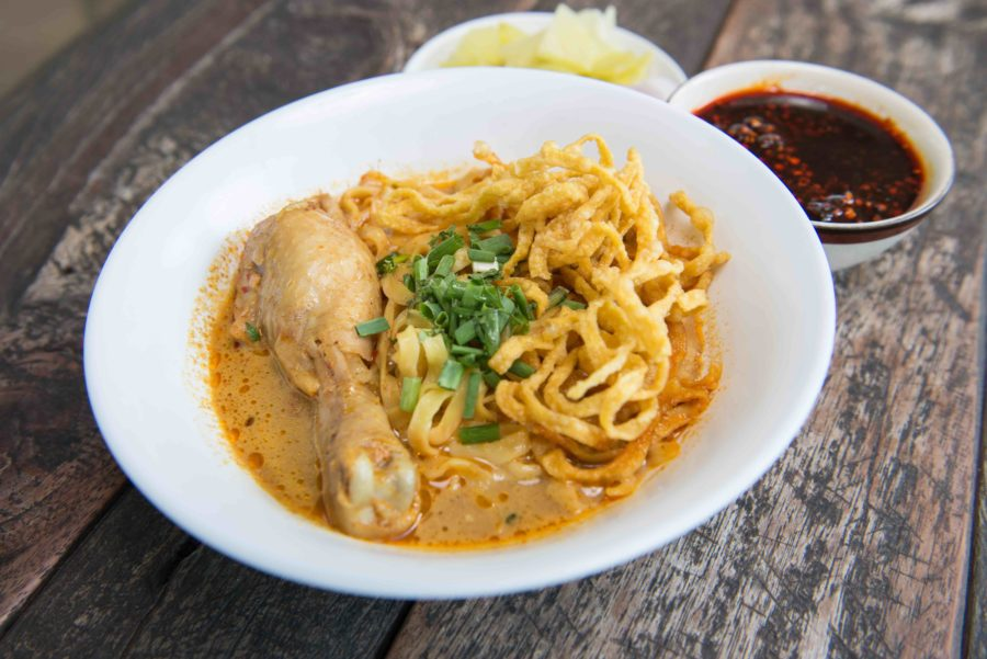 タイ料理:カオソーイ(ข้าวซอย)