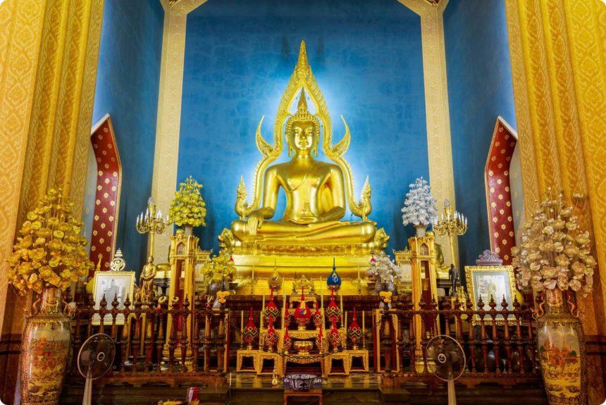 チンナラート仏の模造