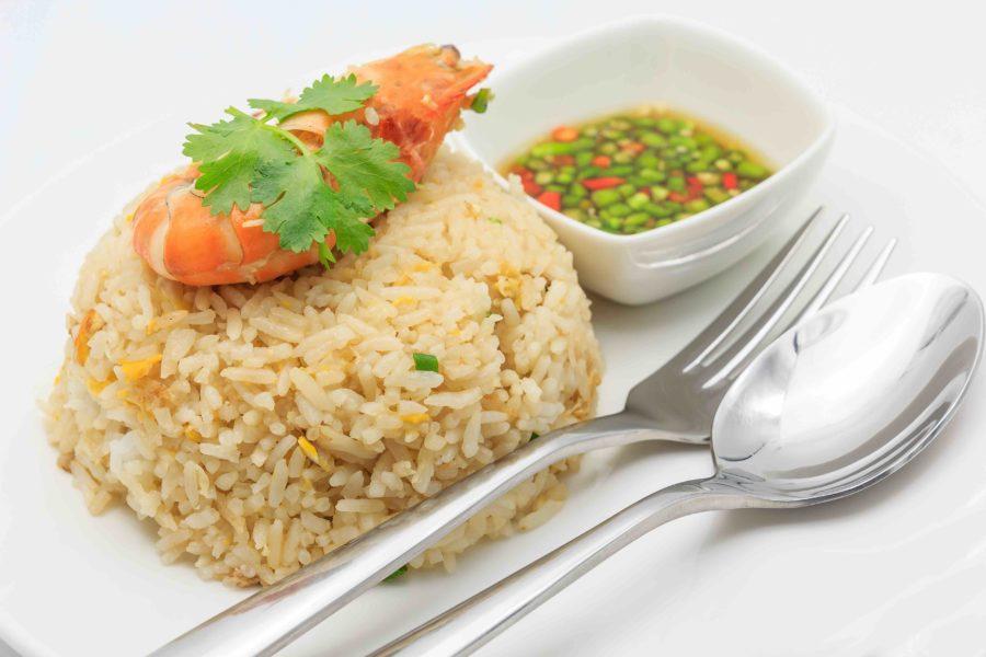 タイ料理:カオパット(ข้าวผัด)