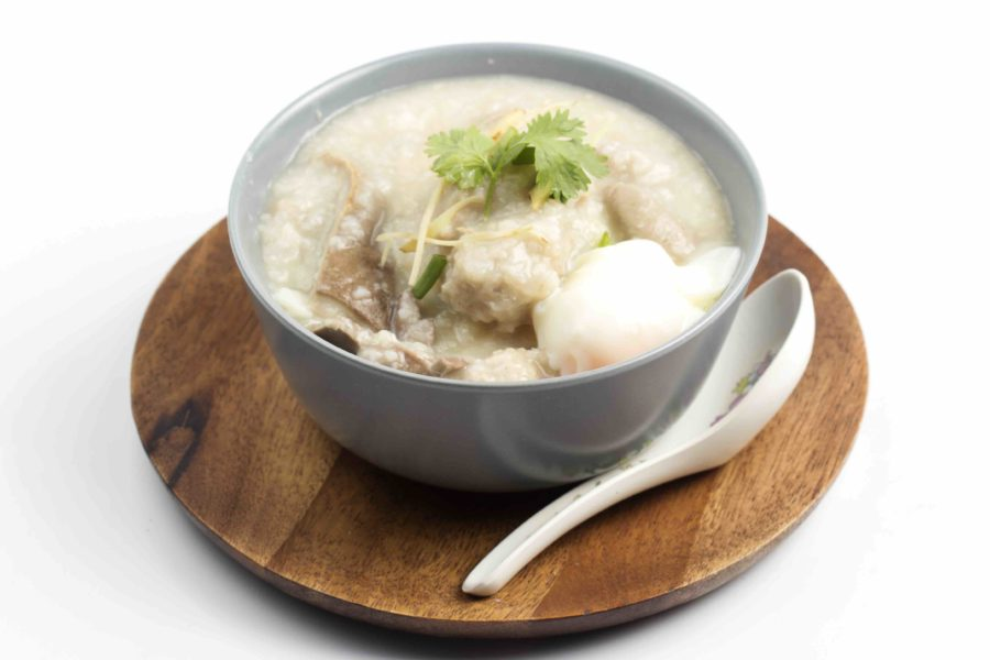 タイ料理:カオトム(ข้าวต้ม)