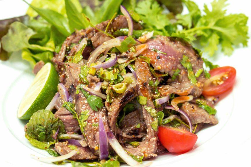 タイ料理 ヤムヌア