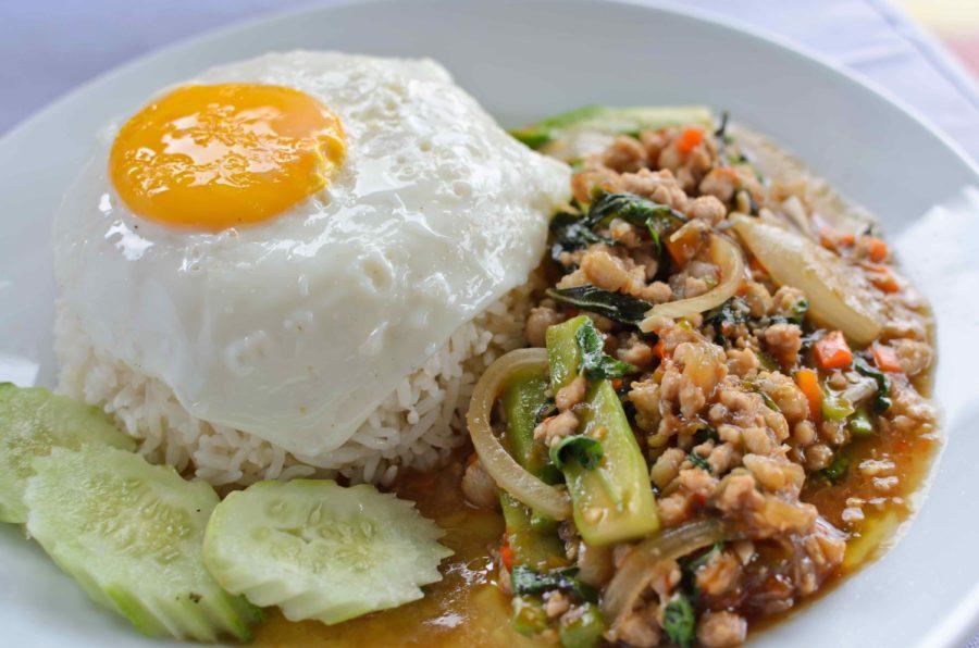 タイ料理:ガパオ(กะเพรา)
