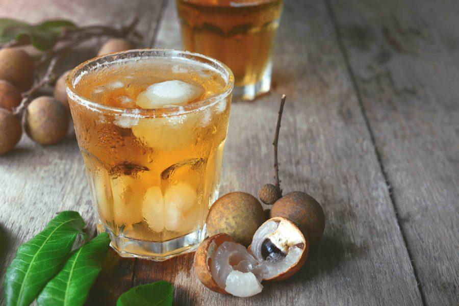 タイの飲み物:ナムワーンロットライヤイ(น้ำหวานรสลำไย)