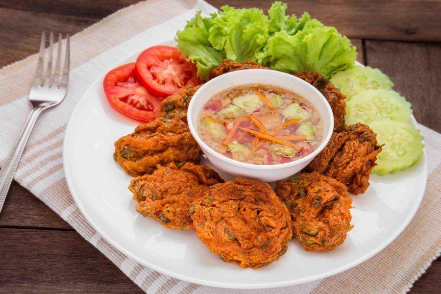タイ料理:トートマンプラー(ทอดมันปลา)