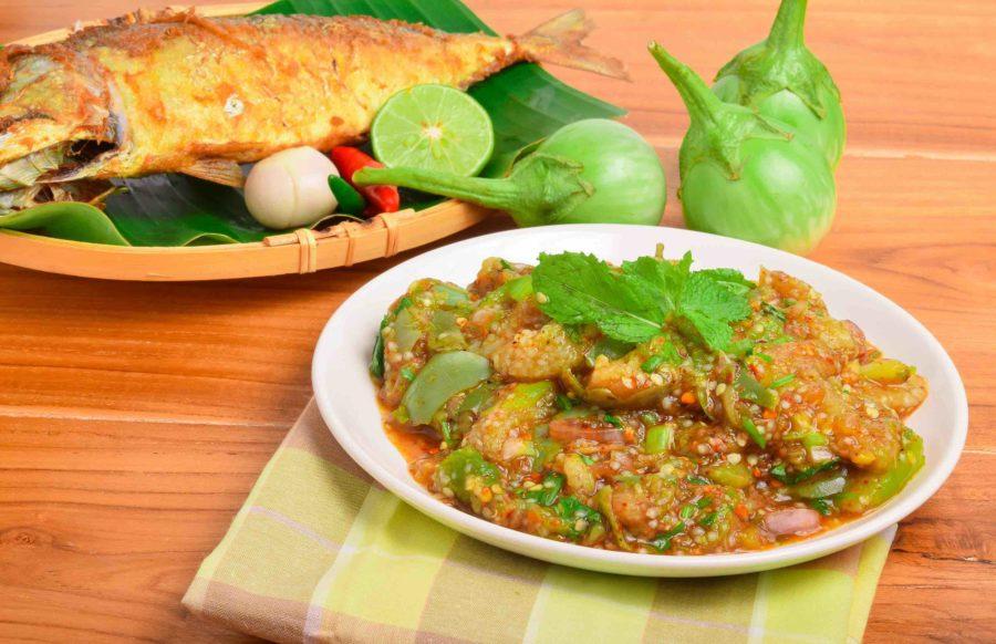 タイ料理:ヤムマクア(ยำมะเขือ)