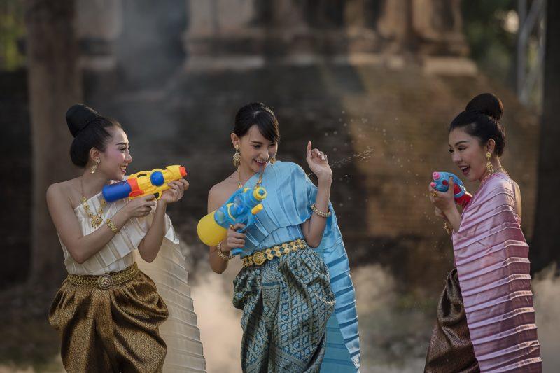 タイ ソンクラーン祭り