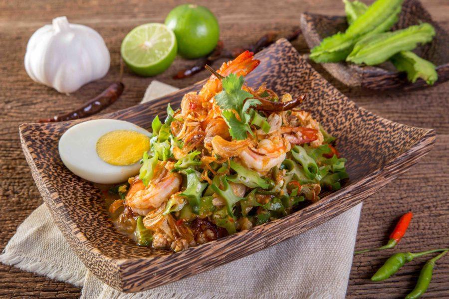 タイ料理:ヤムトゥアプー(ยำถั่วพู)