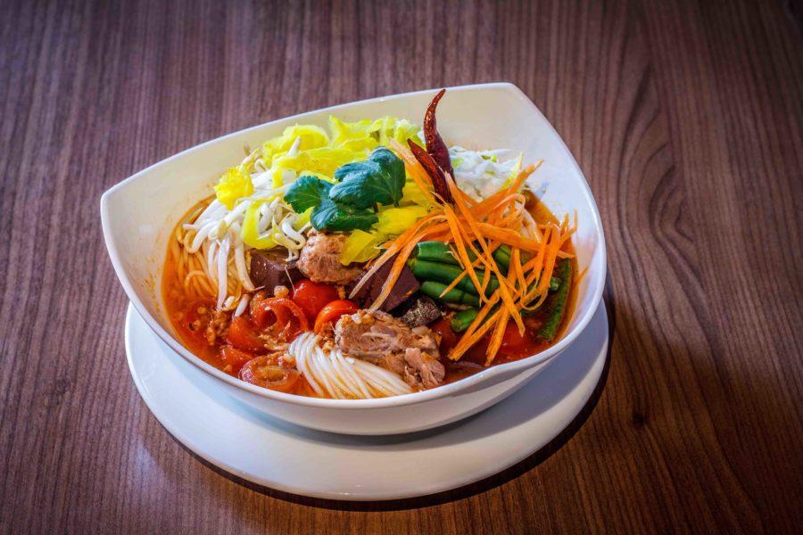 タイ料理:カノムジーン(ขนมจีน)