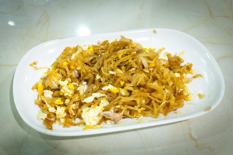 タイ料理:チャイポーパッカイ(ไชโป้วผัดไข่)