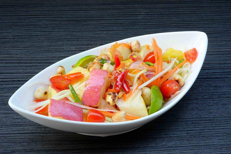 タイ料理:ソムタムポラマイ(ส้มตำผลไม้ )
