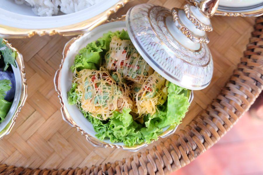 タイ料理:ルム(หรุ่ม)