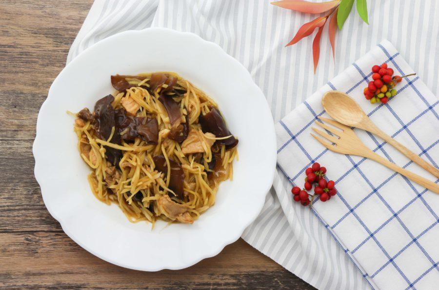 タイ料理:ムーパッキン(ผัดขิงหมู)