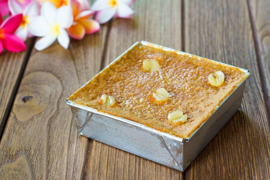 タイのデザート:カノムモーケン(ขนมหม้อแกงถั่ว)