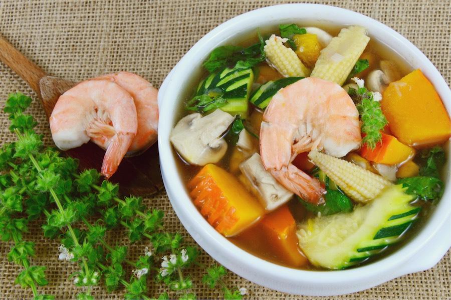 タイ料理:ゲーンリアン(แกงเลียงกุ้งสด)