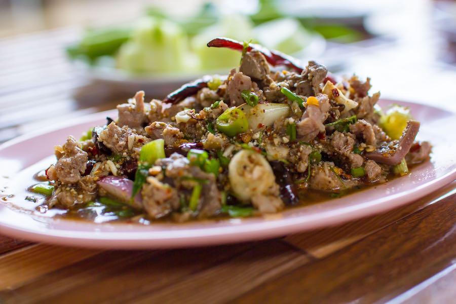 タイ料理:ラープペッ(ลาบเป็ด)