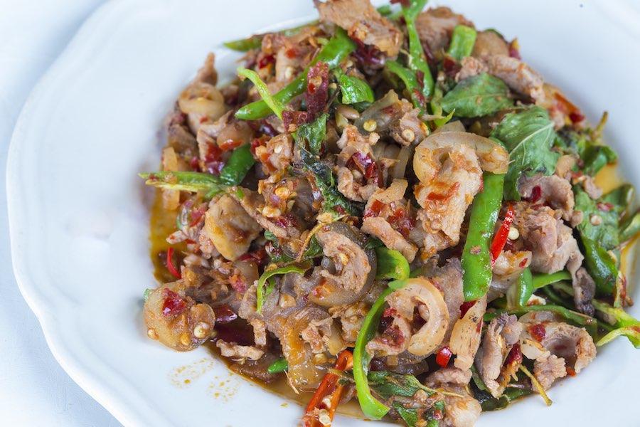 タイ料理:パットペットムーパー(ผัดเผ็ดหมูป่า)