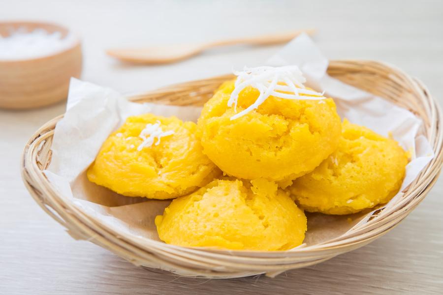 タイのお菓子:カノムターン(ขนมตาล)