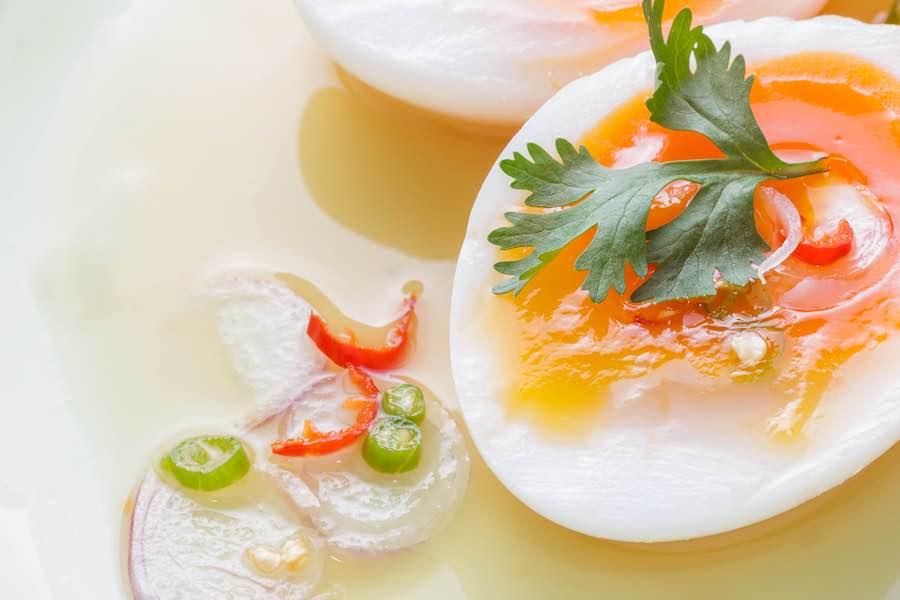 タイ料理:ヤムカイトム(ยำไข่ต้ม)