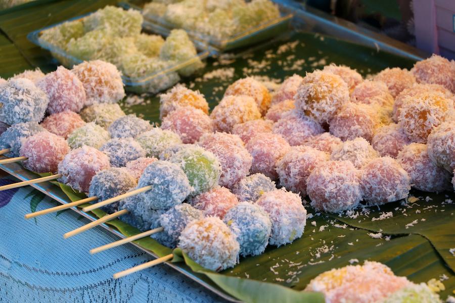 タイのお菓子:カノムトム(ขนมต้ม)