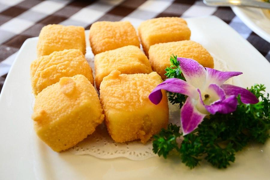 タイ料理:タオフートート(เต้าหู้ทอด)