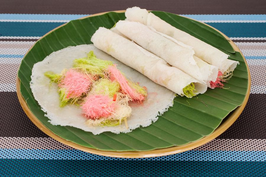 タイのお菓子:ロティサーイマイ (โรตีสายไหม)