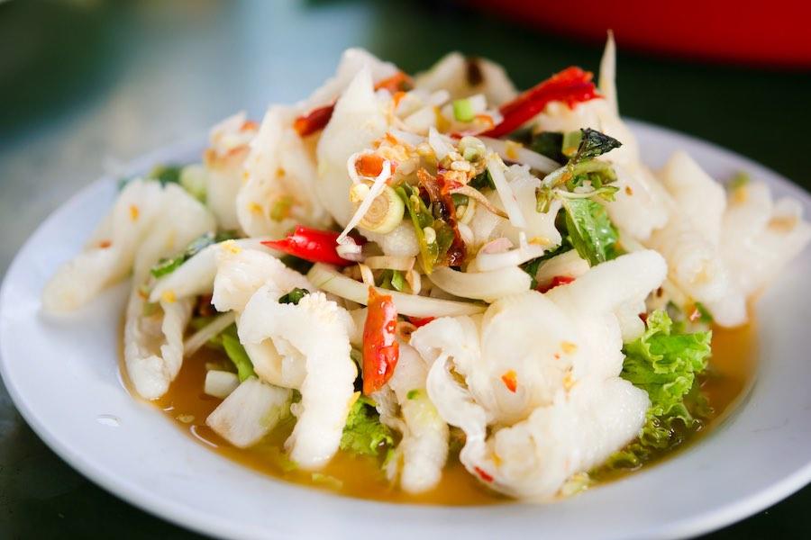 タイ料理:ヤムレップムーナーン(ยำเล็บมือนาง )