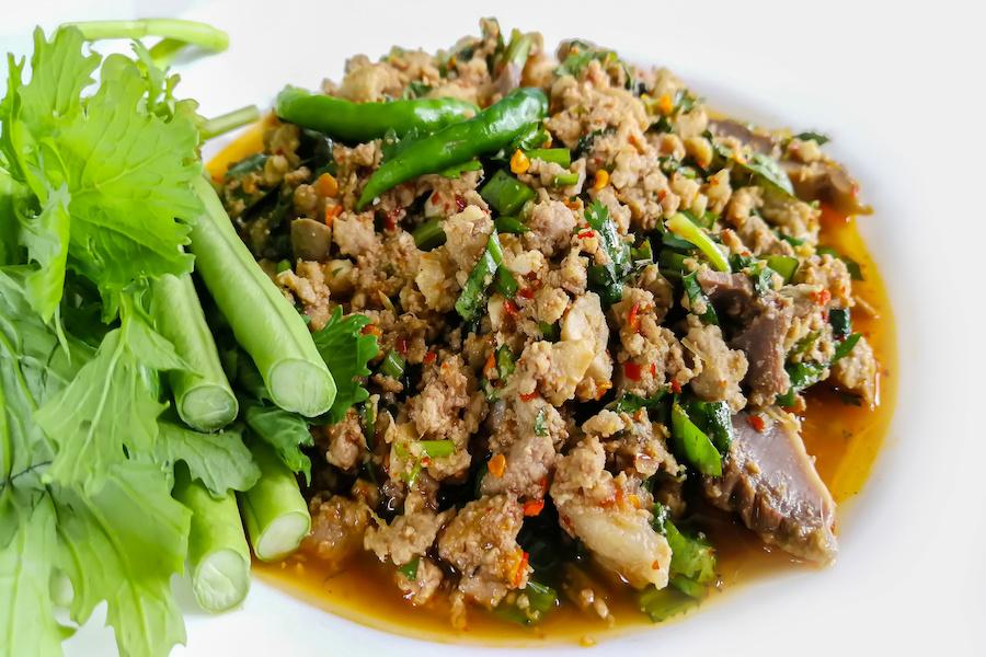 タイ料理:ラープクア(ลาบคั่ว)