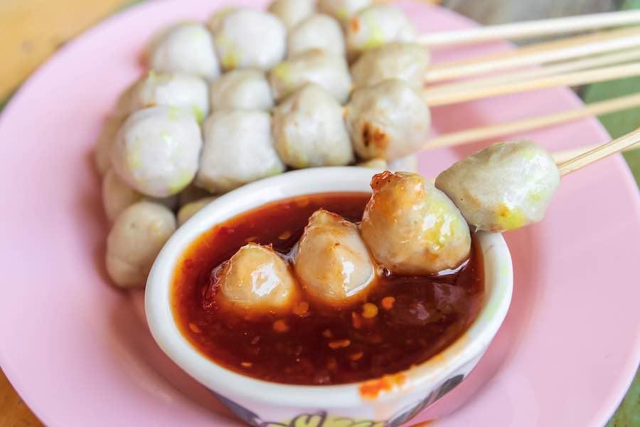 タイ料理:ルークチンピン(ลูกชิ้นปิ้ง)