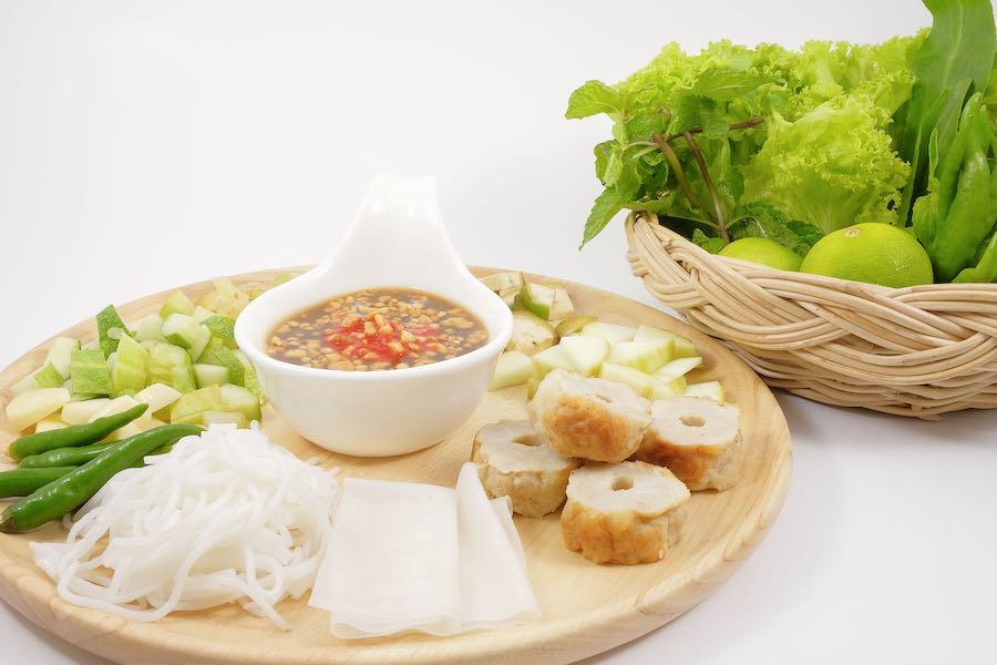 タイ料理:ネームヌアン(แหนมเนือง)