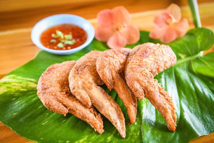 タイ料理:ピックガイトート(ปิกไก่ทอด)