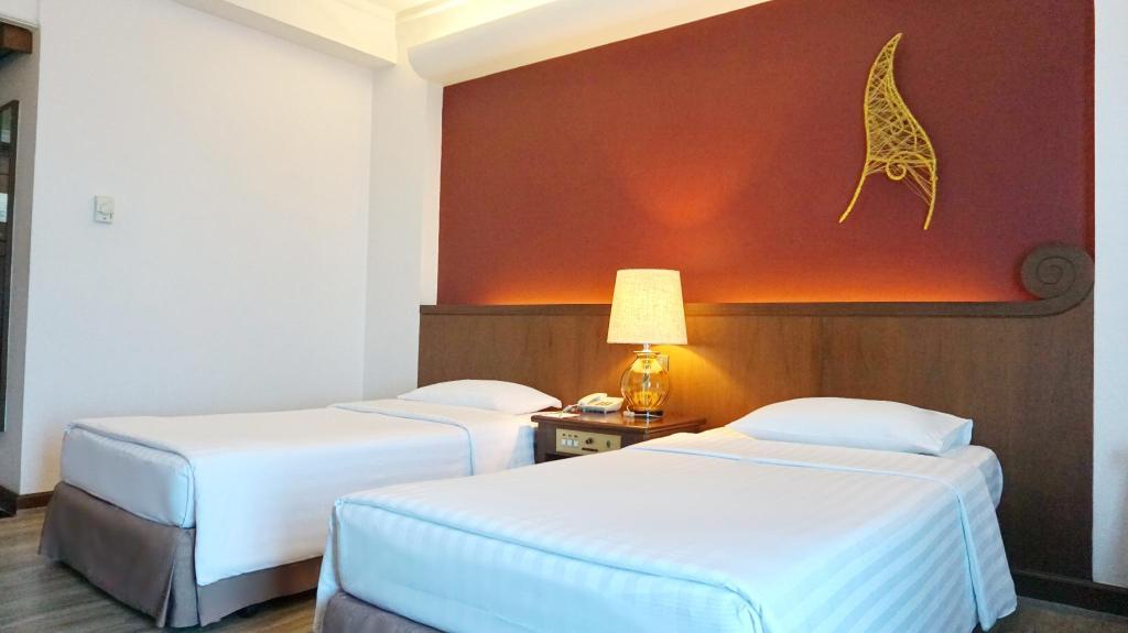 クルンシリ リバー ホテル