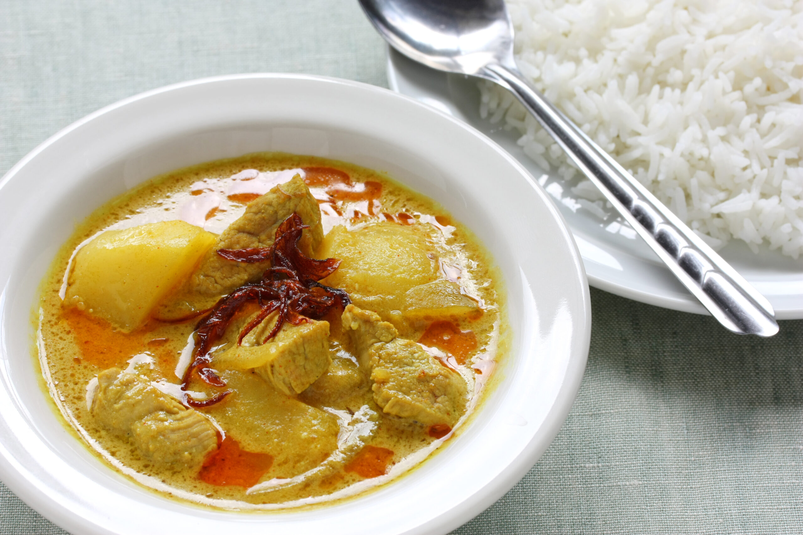 タイ料理:ゲーンカリー【イエローカレー】(แกงกะหรี่)